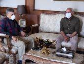 محافظ بورسعيد يستقبل رئيس هيئة قناة السويس لبحث عدد من الملفات.. صور
