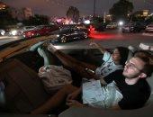 لبنان.. مظاهرات وتدهور اقتصادى نهارا ..وسينما سيارات وترفيه ليلاً