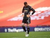 سولشاير يهاجم جدولة المباريات ويدافع عن دي خيا بعد الإقصاء من الكأس