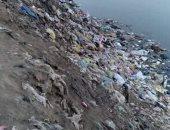 اضبط مخالفة.. انتشار القمامة بترعة السنطة بالغربية وسط غياب الأجهزة التنفيذية