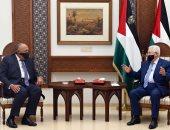 شكرى يبحث مع أبو مازن استئناف جهود السلام على أساس حل الدولتين والمرجعيات الدولية