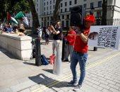 صور ساخرة لبوتين وترامب فى لندن أثناء زيارة وزير الخارجية الأمريكى