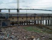 باحثون: آلاف الجسيمات البلاستيكية الدقيقة تتدفق عبر نهر التايمز كل ثانية