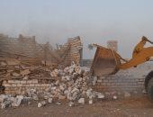 تنفيذ 8 قرارات إزالة تعديات بمساحة 395 فدان و5 قراريط بمدينة إسنا (صور)
