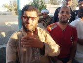والد شهيد الشهامة بالدقهلية: أطالب بالقصاص والأهالى أطلقوا عليه المستشار (فيديو)