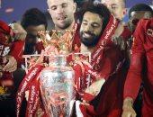 شوبير يطالب اتحاد الكرة بتتويج بطل الدوري المصري فى الملعب أسوة بـ ليفربول