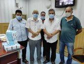 صحة جنوب سيناء : نقابة الأطباء تدعم بمستشفى طور سيناء ب ٥٠٠ ماسك