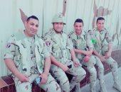 """كلنا جيش مصر.. """"السيد"""" من الشرقية يشارك صحافة المواطن صورته بالزى العسكرى"""