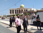 محافظ كفر الشيخ يمهل المسئولين 72 ساعة لإزالة التعديات بالطريق الدولى