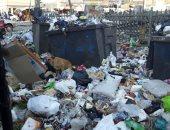 سيبها علينا.. شكوى من انتشار القمامة بشارع عبده غريب بطرة لبلد