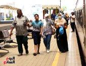 العيد مع الأهل أحلى.. إقبال المسافرين على محطة مصر