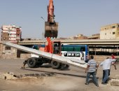 صور.. تطوير ميدان جديد خلف سور شرق السكة الحديد بمدينة الأقصر