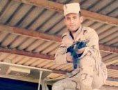 """كلنا الجيش المصرى.. """"رمضان"""" يشارك بصورته بالزى العسكرى خلال فترة التجنيد"""
