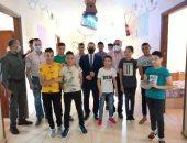 فى أول أيام العيد.. نائب محافظ دمياط يشارك الأطفال فرحتهم بالعيد