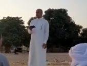 إقامة صلاة العيد وإلقاء الخطبة في المنيا بالمخالفة لقرار الحكومة.. فيديو