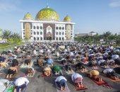 المسلمون فى آسيا يؤدون صلاة العيد وسط إجراءات الوقاية من كورونا