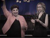 ِفيديو.. هنا الزاهد تعرض آخر ظهور للفنانة رجاء الجداوي وإهداء خاص