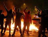 تجدد التظاهرات في تشيلي ضد الحكومة جراء كورونا.. والمتظاهرون يشعلون الحرائق