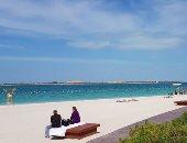 الشارقة تعيد فتح الشواطئ العامة بعد إغلاقها بسبب كورونا