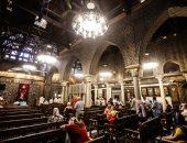 القداسات تعود إلى الكنائس بعد توقف 4 أشهر بسبب كورونا