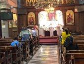 بدء الصلوات بايبارشية بنى سويف وسط إجراءات احترازية مشددة.. صور