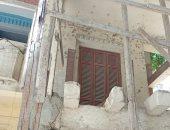 """""""أحمد"""" يشكو من منزل آيل للسقوط بشارع شاهين الدقي"""