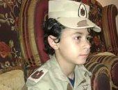 """كلنا جيش مصر.. """"ممدوح"""" طفل يشارك صحافة المواطن صورته بالزى العسكرى"""