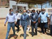 """نائب محافظ سوهاج وممثل المشروعات القومية بالوزراء يزوران مشروعات """"حياة كريمة"""""""