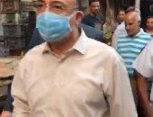 """فيديو.. محافظ الإسكندرية يتفقد سوق """"الثلاثين"""" تمهيدا لنقل الباعة الجائلين"""