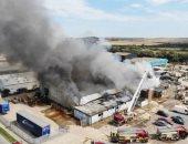 انفجار ضخم بميناء ساسكس في بريطانيا.. فيديو وصور