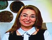 غادة والى تتقدم بالعزاء لنهاد أبو القمصان فى وفاة حافظ أبو سعدة