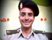 """كلنا جيش مصر.. """"عاطف"""" من سوهاج يشارك صحافة المواطن صورته بالزى العسكرى"""