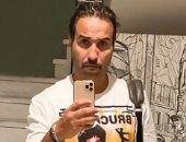 أحمد فهمى يفاجئ متابعيه بلوك جديد فى أحدث ظهور