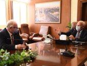 محافظ بورسعيد: تحويل مبنى القنصلية الإيطالية لمستشفى ومدرسة تمريض نموذجية خاصة