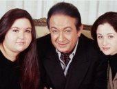 مى نور الشريف تحيى الذكرى الخامسة لوفاة والدها وتطالب متابعيها بالدعاء له
