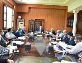 رئيس جامعة بنى سويف يوجه برفع كفاءة معهد التراث والفنون ومركز العلاج الطبيعى