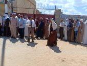 طوابير على لجان الانتخابات بمدينة الشيخ زويد في شمال سيناء.. صور