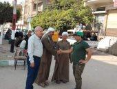 رئيس مدينة الحسينية يشرف على سوق الهميس وحملات نظافة بفاقوس