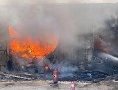 قارئ يشارك بصور لحريق مخزن بلاستيك فى الكيلو 39 طريق الساحل الشمالى