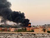 حريق هائل بإحدى القرى على طريق الساحل الشمالى.. صور
