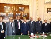 """رئيس """"القضاء الأعلى"""" يلتقي وزيري العدل والمجالس النيابية ورؤساء هيئات القضاء"""