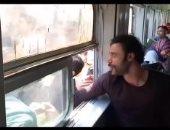 """جمهور محمد إمام يلتف حوله لالتقاط صور تذكارية فى كواليس """"هوجان"""".. فيديو"""