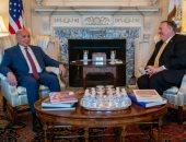 مايك بومبيو يبحث العلاقات الثنائية ودعم حكومة بغداد مع نظيره العراقى