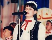 هبة مجدى تنشر صورة من 22 سنة لإظهار تشجيع والديها لها فى الطفولة