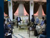 محافظ جنوب سيناء يلتقى وفد إشنايدر إلكتريك المتخصصة فى مجال الكهرباء