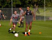حماس ولياقة بدنية عالية للاعبى ليفربول فى التدريبات استعدادا للدورى.. صور
