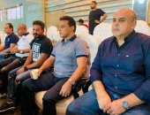 حسام البدرى وجهاز المنتخب يتابعون مباراة القمة من ستاد القاهرة