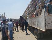 تحرير 367 محضر فى حملة إزالة إشغالات مكبرة بحى شرق شبرا الخيمة