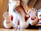"""إزاى تبقى بابا نويل؟ ..مدرسة بريطانية ترفع شعار """"طلع الخير اللى جواك"""" ..ألبوم صور"""