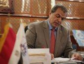 وزير القوى العاملة يتابع مستحقات مصرى توفى فى حادث دهس بالكويت